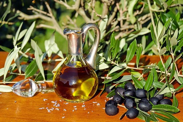 Jaka jest różnica między olejem rafinowanym a nierafinowanym?